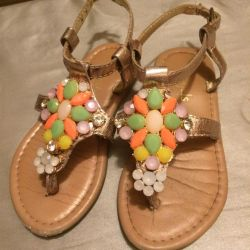 Sandals for girls India, size 25