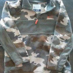 10-12 yaş arası bir çocuk için sweatshirt