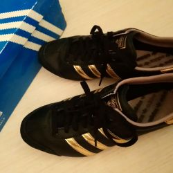 Sneakers Adidas new