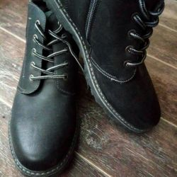 Νέες χειμωνιάτικες μπότες ανδρών μεγέθους 41
