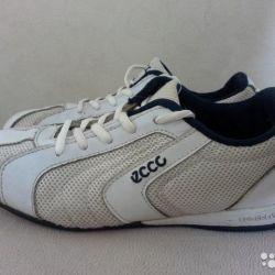 Eko 38 büyüklüğünde spor ayakkabı