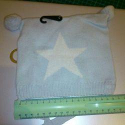 Cap for a newborn