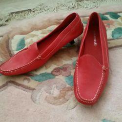 Shoes / moccasins