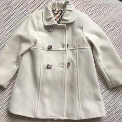 Coat on the girl 3 years