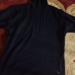 Πουλόβερ από μπλουζάκι με κλειστό λαιμό
