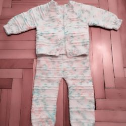 Knitted suit 3-6 months