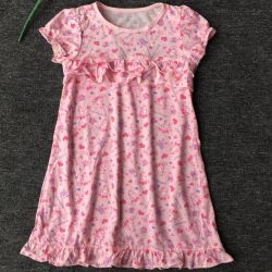 Nightgown for the girl on growth 110
