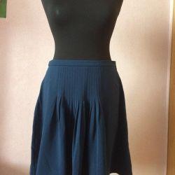 Skirt new M / L
