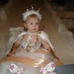 Новогодний костюм для девочки 2-3 лет.