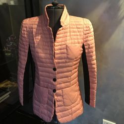 Women's down-padded coat 44-46 r, pink color, Italy