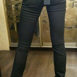 Джинсы брюки 40-44 новые,можно обмен
