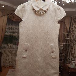 Kutlamalar için rhinestones çok güzel elbise