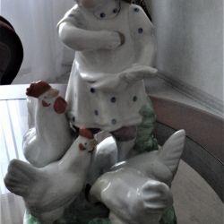 1955 Dulyovo Statuette