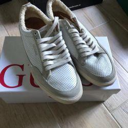 GUESS men's sneakers