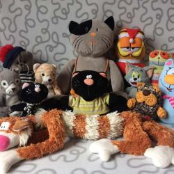 Soft toys cats 😽😻 and cats 🐈
