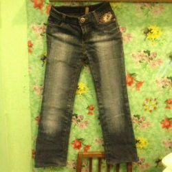 Детские джинсы у кармана с вышивкой р. 134-140