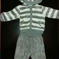 Βελούδινο κοστούμι 6 μήνες