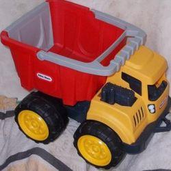 Little Tikes Dump Truck (toy car)