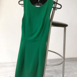 Dress with open back S size