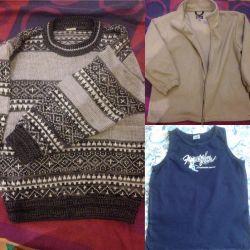 Sweatshirt and T-shirt