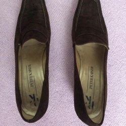 Peter Kaiser Suede 8 1/2 Shoes