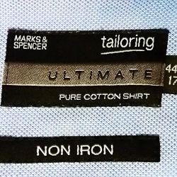 Yeni gömlek Marks & Spencer (M & S) Ingiltere