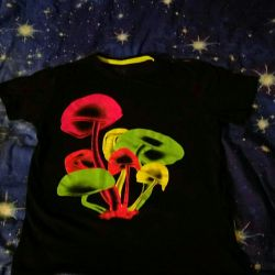 T-shirts r. 46