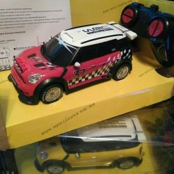 Cars on the radio mini cooper