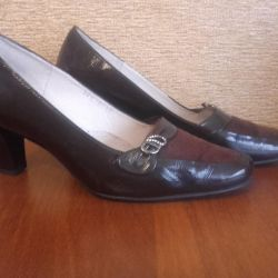 Women's leather shoes with suede MANUL.
