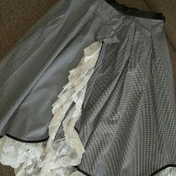 Όμορφη φούστα