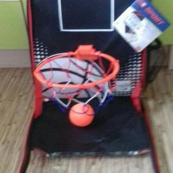 Backpack for young basketball players)))