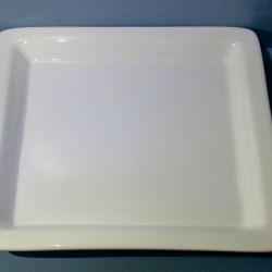 Квадратное блюдо из фаянса