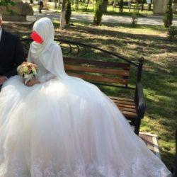 Muslim wedding dress under the hijab