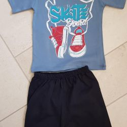 Suit T-shirt and shorts