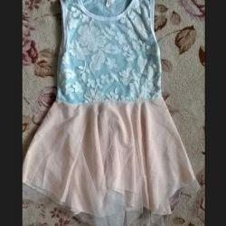 Платье на девочку 120, 140 новое