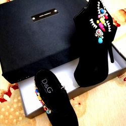 👢👑 D&G velvet half boots