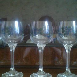 A set of wine glasses. Crystal.