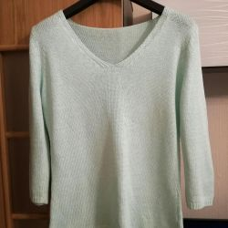 Mint color sweater. New 48-50