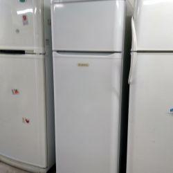 Two-chamber refrigerator Ariston