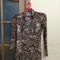 Φορέστε το leopard τέντωμα