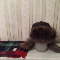 Ανδρικό καπέλο και κασκόλ