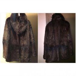 Natural fur beaver fur coat