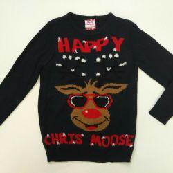 Children's sweater. NEW