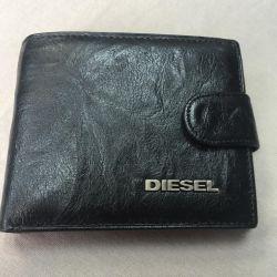 Diesel 100% din piele.