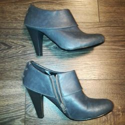 Ankle boots, times 37.5