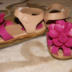 Sandale, pantofi, pantofi de balet pentru copii pe fata