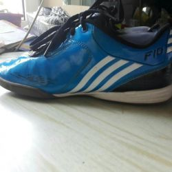 Adidas tamponlar