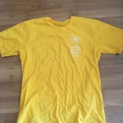 T-shirt size xl