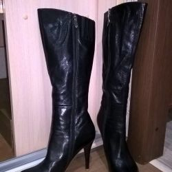 Spring boots made of genuine leather