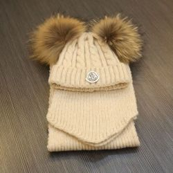 Moncler Set Hat and Scarf